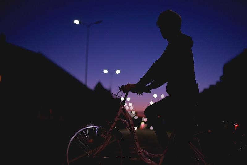 artykuł jak być widocznym na drodze