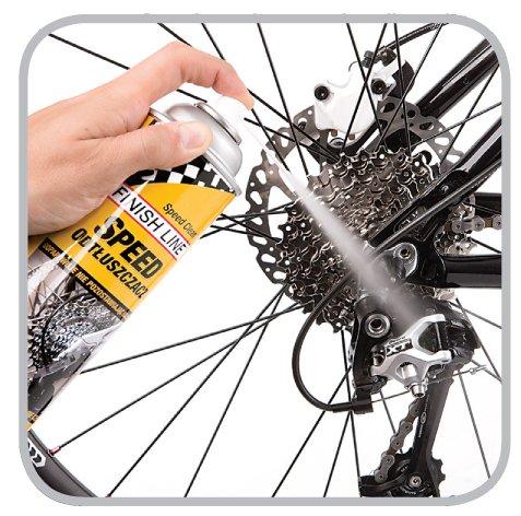 Czyszczenie części rowerowych środkiem Finish Line Speed Clean